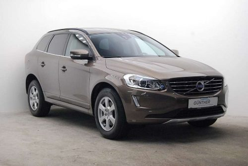 Volvo XC60 D4 AWD Momentum Geartronic bei Auto Günther in